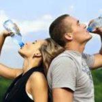 Специалисты рассказали, какие напитки лучше утоляют жажду