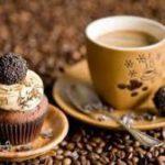 Эксперты раскрыли, чем опасен кофе со сладостями